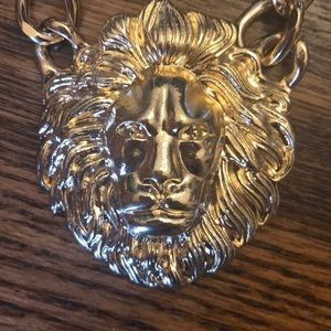 Jewelry - Golden lion BEAUTIFUL necklace